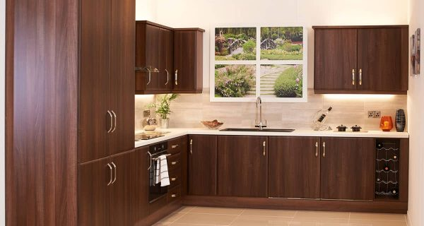 Rich & Warm Fitted Kitchens Bangor