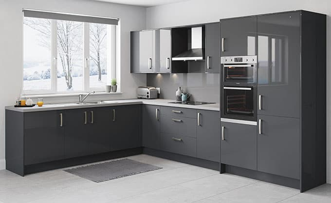 Top 4 signs that your fitted kitchen needs updating